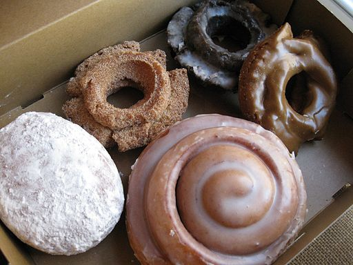 Image of doughnuts in a box