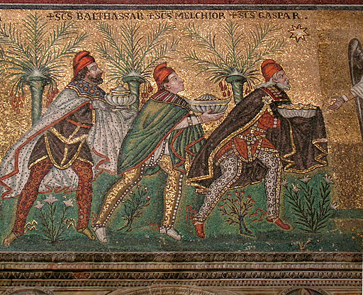 Image mosaic of 3 kings