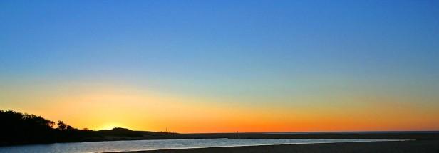 horizon at early dawn